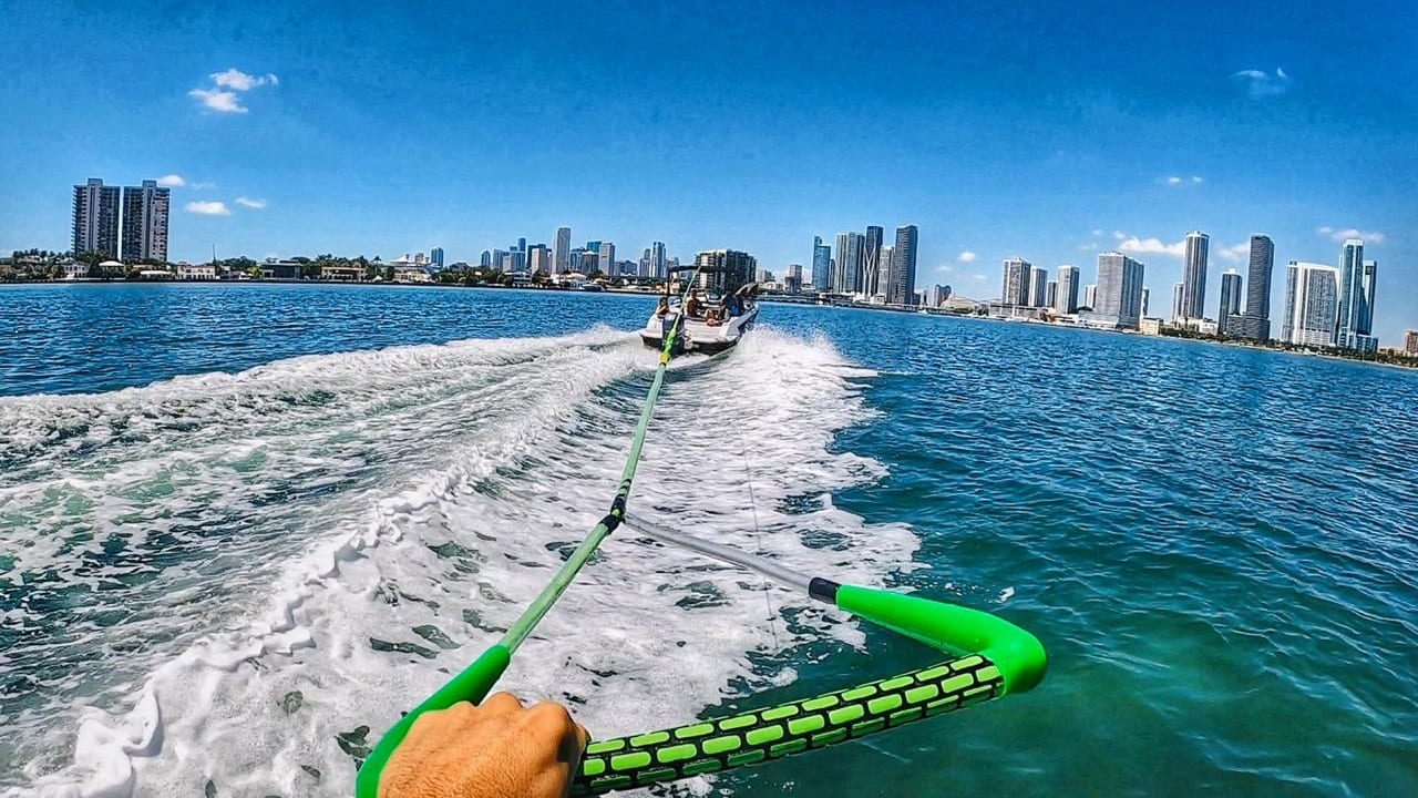 wakeboard/wakefoil - watersports-paradise.com - miami 2
