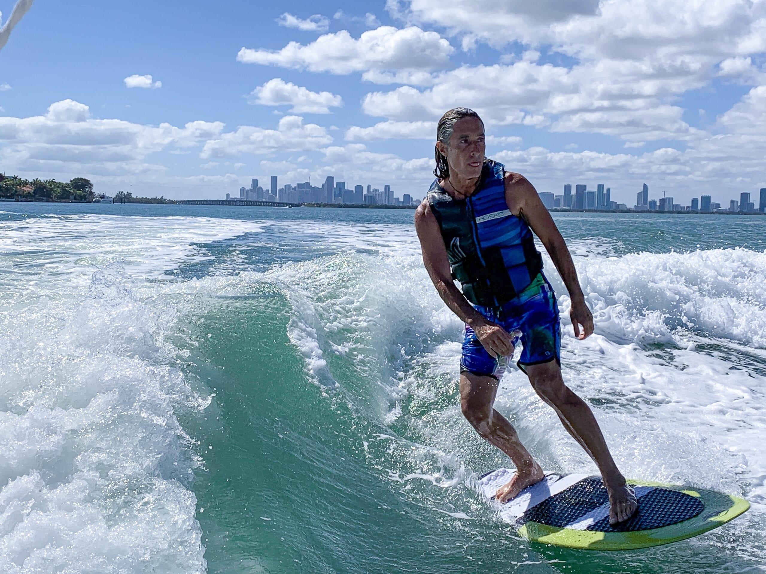 Miami Beach wakesurf - watersportsparadise.com
